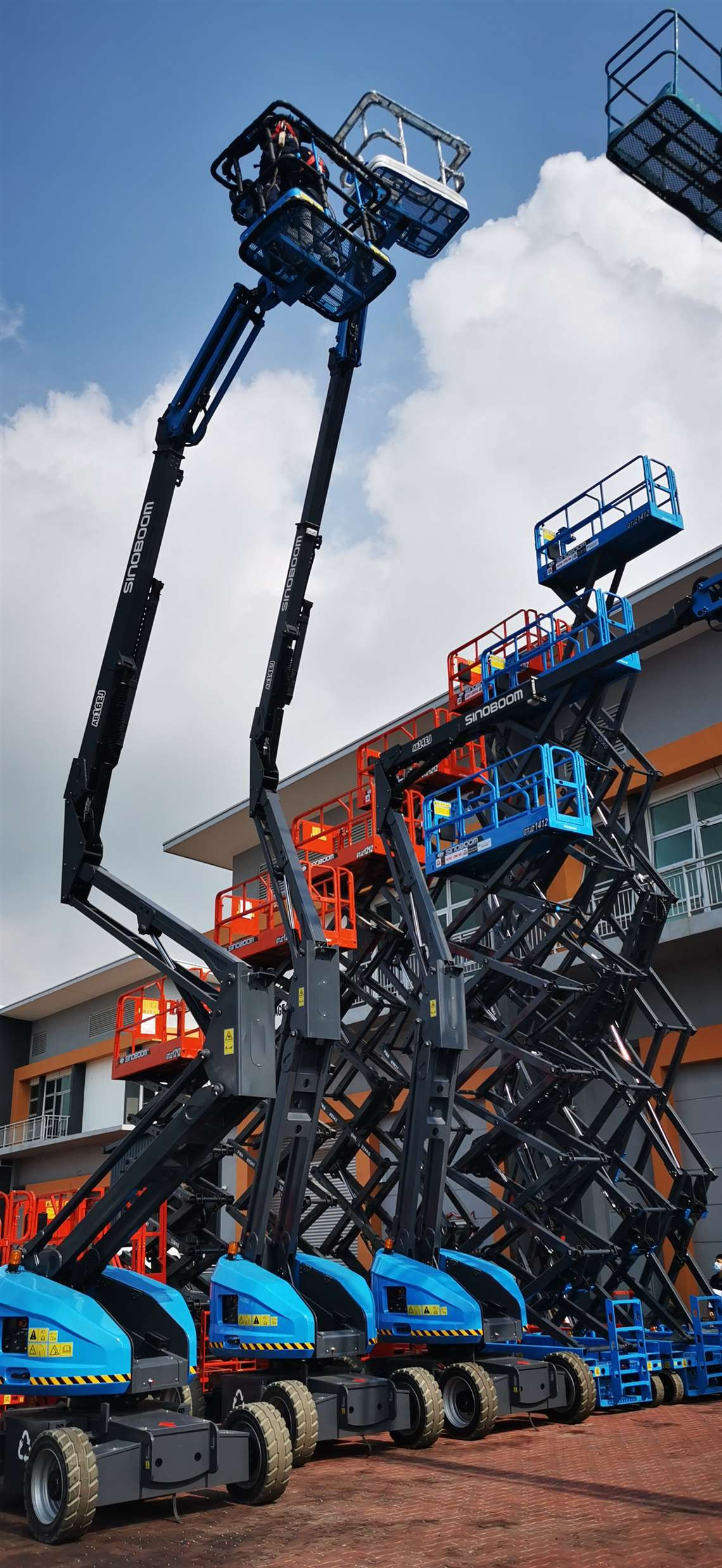 Schmetterling Rental's new Sinoboom platforms